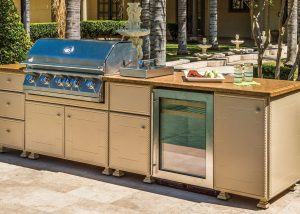 Custom Outdoor Kitchens Gensun Lion Bull Appliances in Hamilton Ontario